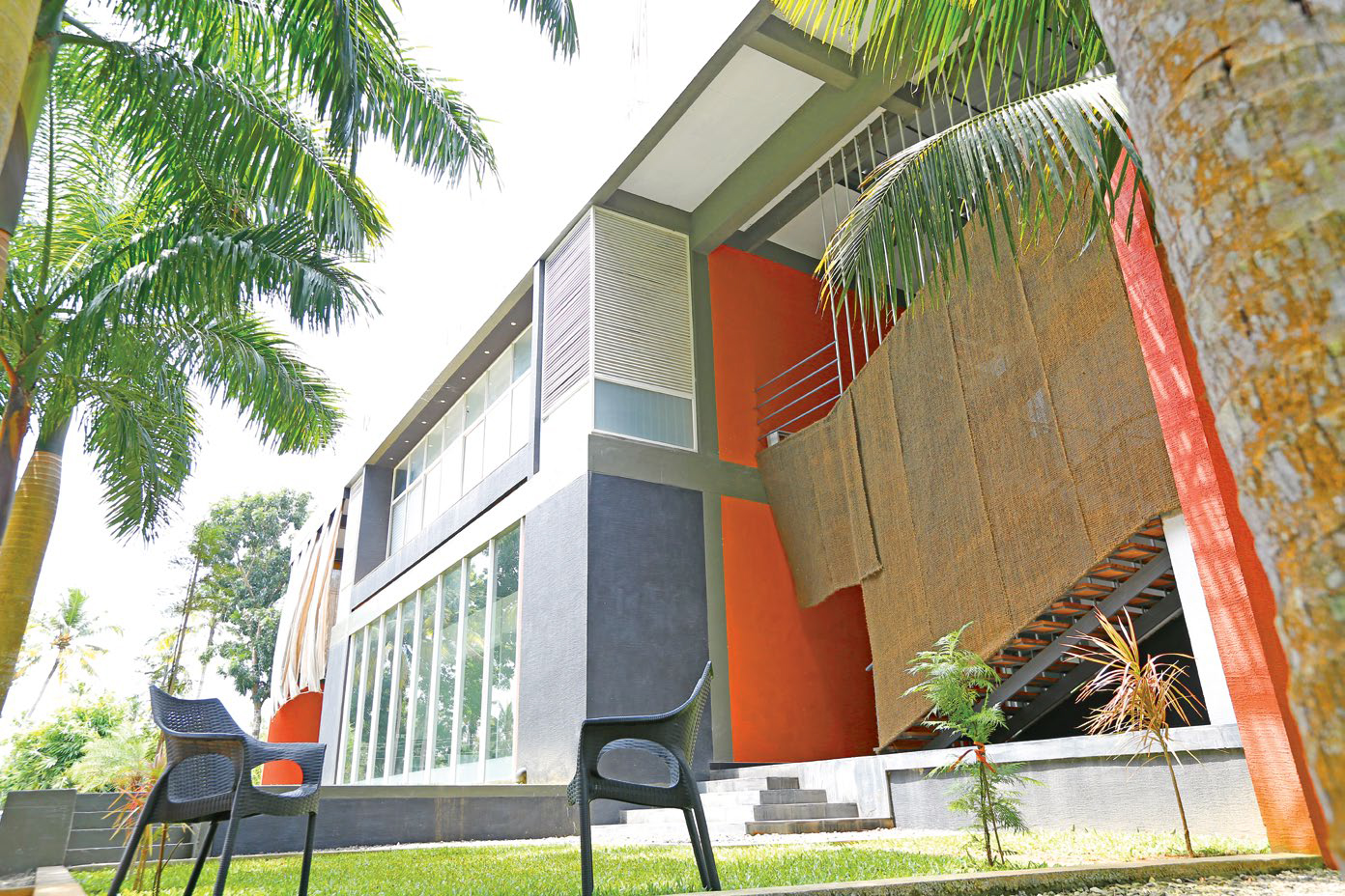 FWD Business NATURE AND ARCHITECTS INTERACTION - LIVING THE GREEN EXPERIENCE (1)